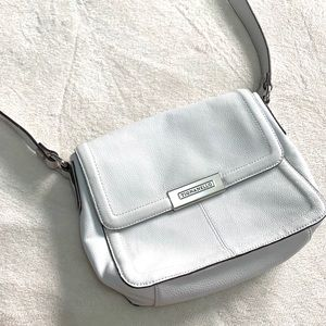 ✨Tignanello White Crossbag Purse✨